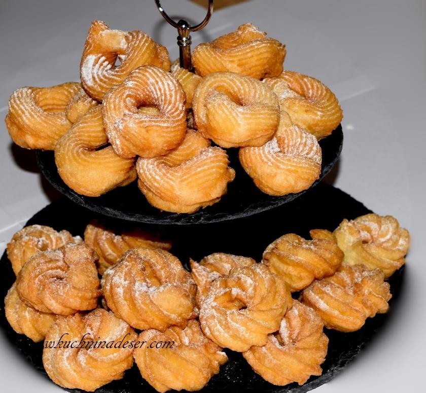 Pączki hiszpańskie i meksykańskie churros